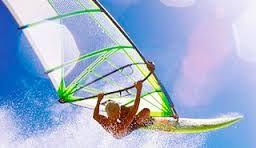 La costa della Maremma è molto apprezzata per la pratica degli sport a vela grazie all'abbondanza di venti e alla conformazione della costa che danno la possibilità di praticare il windsurf a tutti i livelli. Lasciatevi trasportare sulle acque maremmane praticando il windsurf in Toscana durante le vostre prossime vacanze in Maremma.