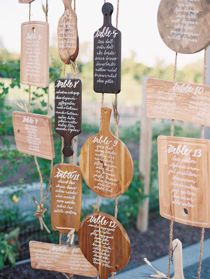 Escort signs by Laura Hooper Calligraphy