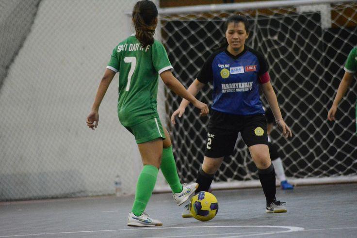Universitas Padjadjaran melawan Universitas Katolik Parahyangan. Keduanya menduduki posisi ketiga dan keempat di klasemen Pul YLIMA Futsal Nationals 2017.