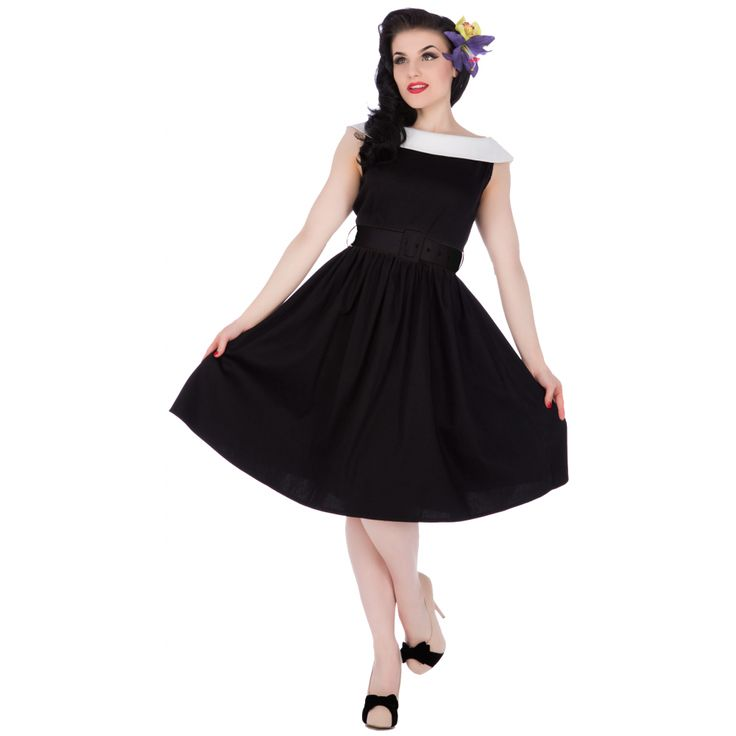 Cindy Sassy Swing Vintage Dress in Black/White Collar