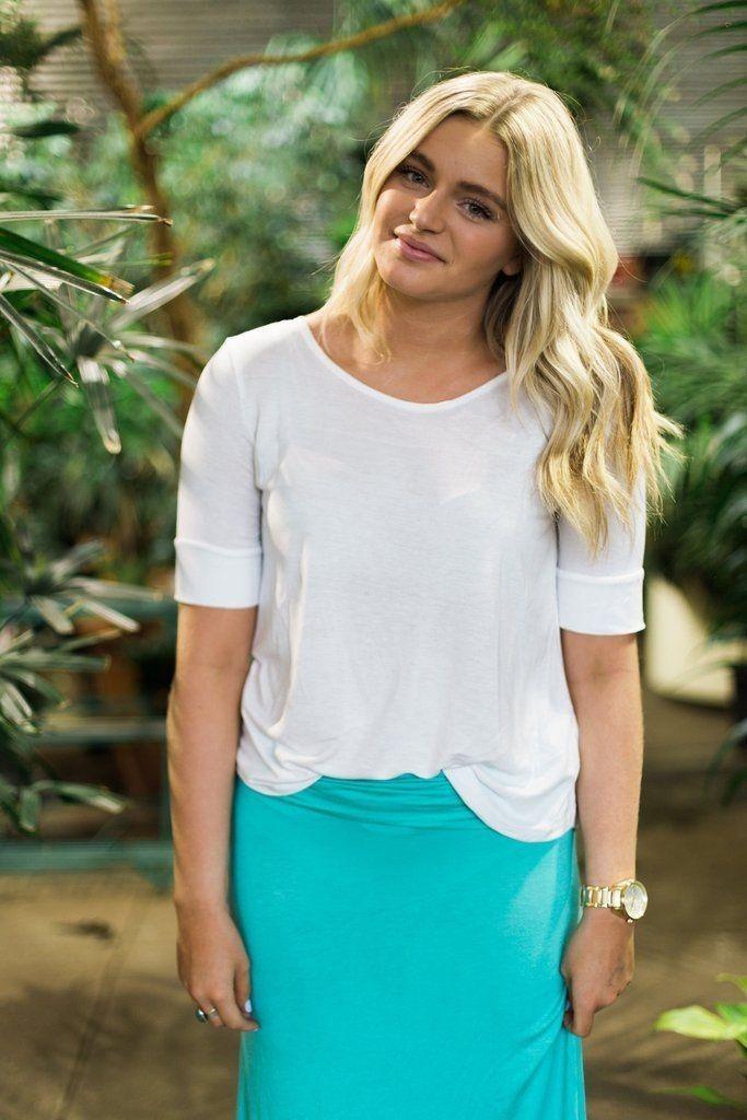 Mint maxi skirt close up... - Street Fashion