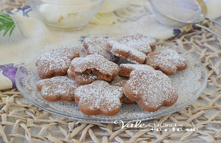 BISCOTTINI CON RICOTTA E NUTELLA ricetta facilissima, ricetta per realizzare dei biscotti semplici, profumati ottimi a colazione e merenda