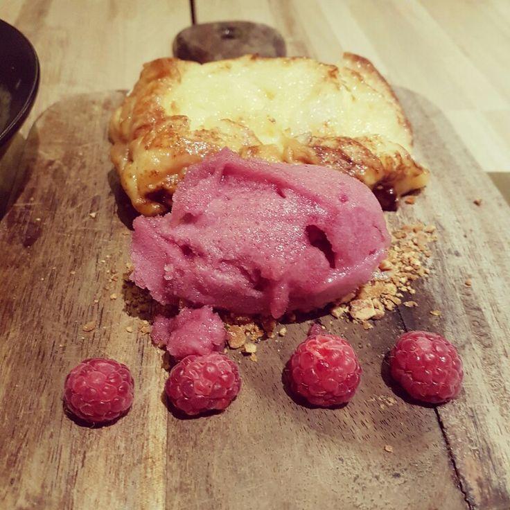 #cenandoconangela torrija con helado y frambuesas en Desengaño13 #desengaño13 #restaurantesmadrid