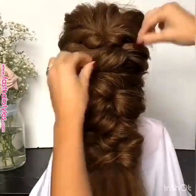 14+ Hairstyles Videos For Saree Puff