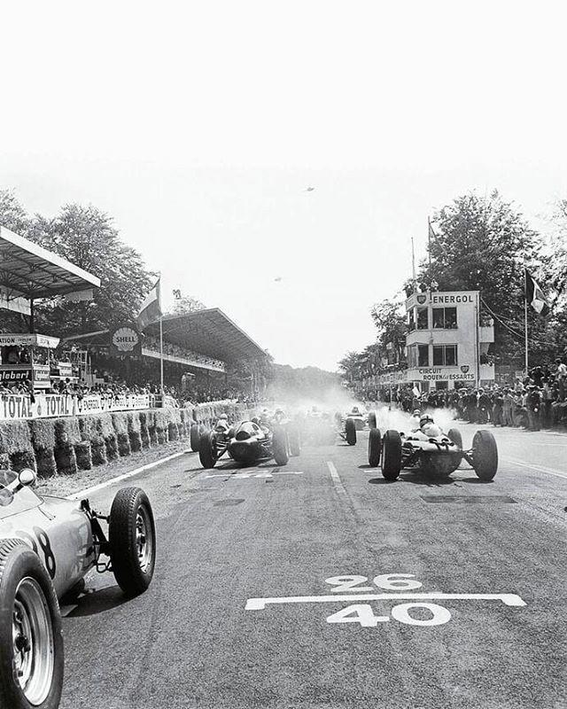 Circuit Rouen Les Essarts French Grand Prix At Rouen 1962 Dan Gurney Did Win That Gp On Porsche One Lap Ahe French Grand Prix Rouen Classic Racing Cars
