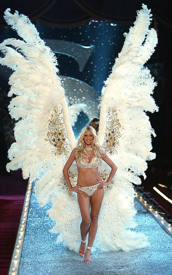Wings: Angel Wings, Dreams, Fashion Show, Goddesses, Heidi Klum, Secret Angel, Life Goals, Victoria Secret Fashion, Young Girls