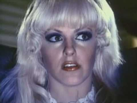 Beneath the valley of the Ultravixens - Russ Meyer 1979 ...