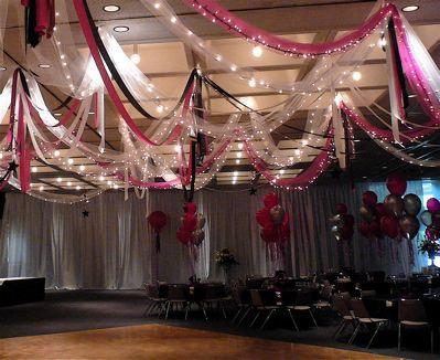 DIY Wedding Decorations: Decoration, Christmas Lights, Outdoor Wedding Decor, Outdoor Parties, Parties Ideas, Diy Parties Decor, Parties Decor Ideas, Ceilings Decor, Diy Wedding Decor