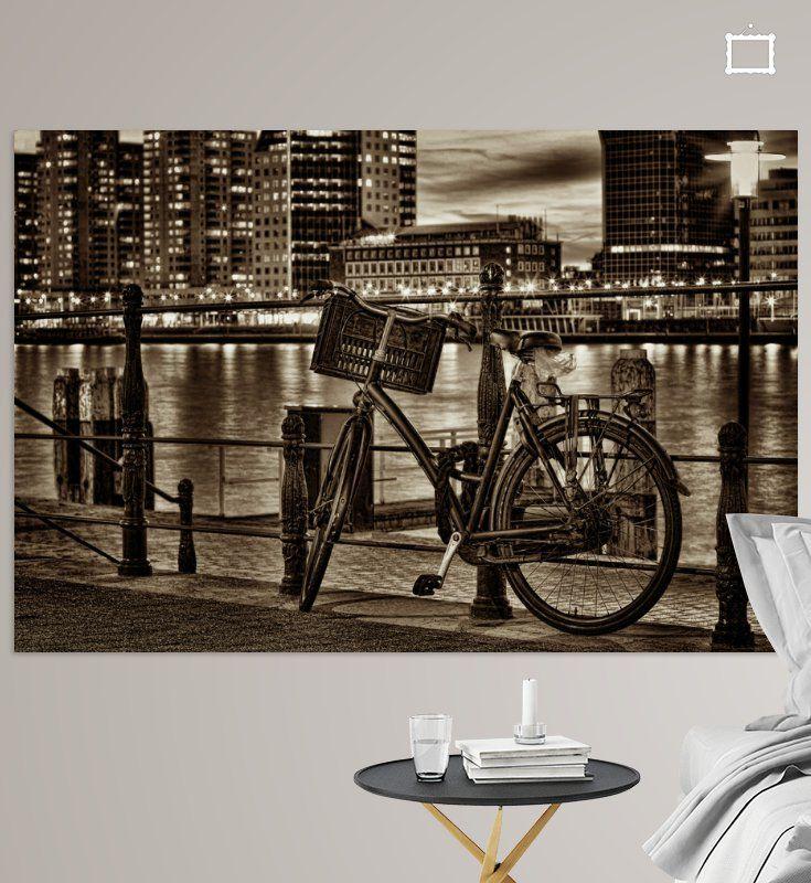 Bicycle by night in Rotterdam van Rob van der Teen