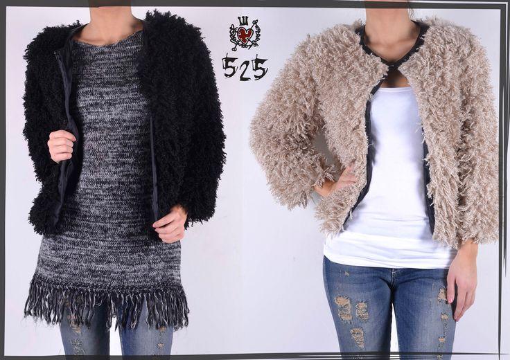 Outfit by #525 - pellicciotti in morbido tessuto disponibile in nero e beige. Caldissimi e morbidissimi.