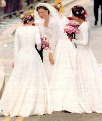 Lady Sarah ~ daughter of Princess Margaret on her wedding day July 1994