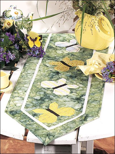 12 Best Images About Free Table Runner Quilt Patterns On