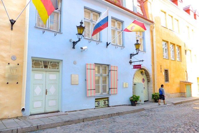 ヘルシンキから行ってみた!かわいい街並み!コスプレ天国?世界遺産のタリンへ