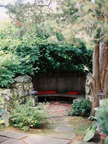 Secret garden nook! Perfect for napping, reading, or even hidden romantic wine drinking!