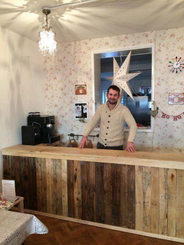 Pallet Counter/Bar Pallet Bars