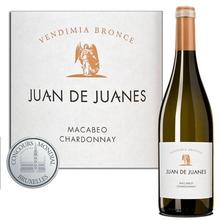 Een klassevolle, frisse wijn met een typische Spaanse blend van Macabeo en Chardonnay. In de neus veel wit fruit en bloesems, zacht op de tong met een fris noodzakelijk zuurtje in de afdronk. Deze unieke uitgebalanceerde combinatie maakt van deze top-cuvée een echte parel in zijn prijsklasse. #chardonnay #wijnmarkt #wine