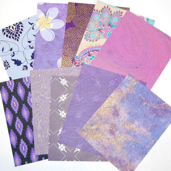 Diese herrlich schönen lila gemusterte und strukturierte Papiere in schöne Schattierungen von violett, Gold und Lavendel sind.  Diese sind einzigartig texturierte und metallische Papiere und werden perfekt für kleine Craft-Projekte.  10 Blatt mit verschiedenen Motiven erhalten Sie alles bei der Koordinierung der Farben. Jedes Stück misst 5 x 4.  Ideal für Geschenkanhänger, Collage-Projekte, Decoupage und handgemachte Karten.