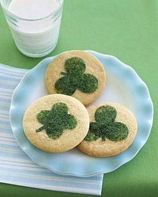Sprinkle a little luck on your sugar cookies.  Draw your own stencil or use our template to create the clover design.Clovers Cookies, Sugar Cookies, Saint Patricks Day, Holiday Cookies, Stpatricksday, Cookies Recipe, St Patricks Day, Martha Stewart, Saintpatricksday