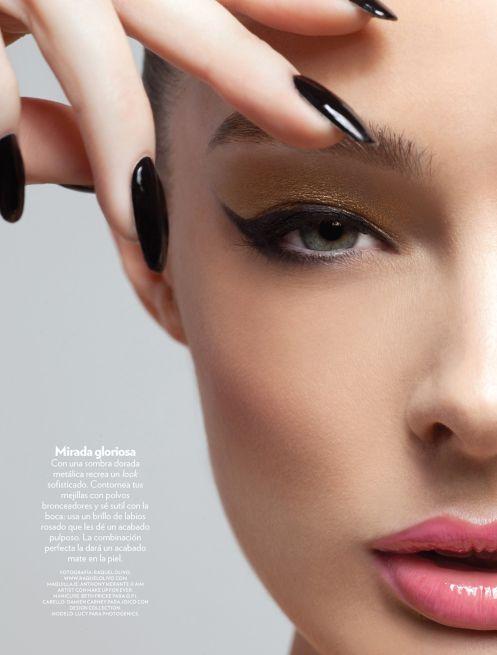 .Eye Makeup, Cat Eye, Blue, Red Lips, Black Nails, Hair, Makeup Contouring, Contouring Makeup, Lips Eye Nails