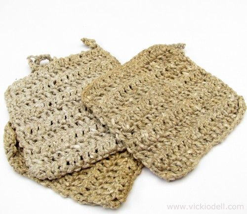 Vacation Crafts: Crochet a Natural Hemp Loofah