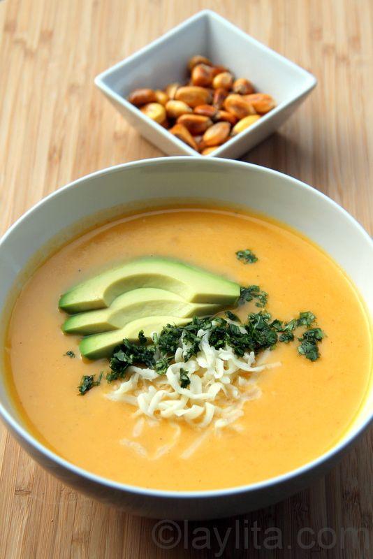 Locro de papa con queso / Ecuadorian potato cheese soup  Had this soup when we were in Ecuador - wonderful!