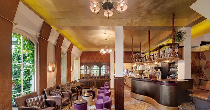 The bar at the Zum Kurfürsten hotel