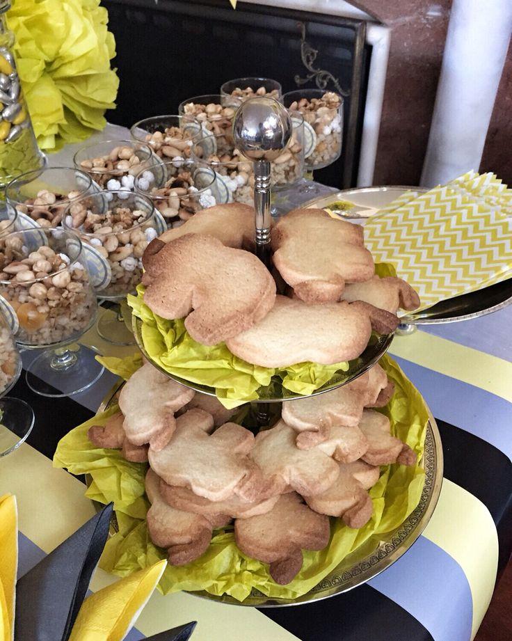 Fil kurabiyeler  #disbugdayi #disbugdayipartisi #chevron #chevrontema #sarigrikonsept #sarigri #organizasyonfirmasi #filkurabiye