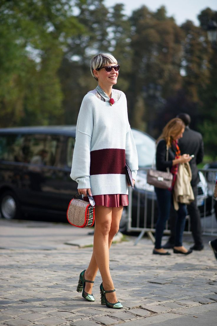 #StreetStyle so well done. #ElisaNalin in Paris.