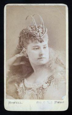 Josie Earp