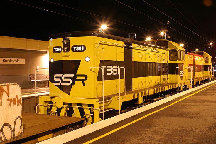 T376-T381 on a sleeper train wait to runaround at Broadmeadows