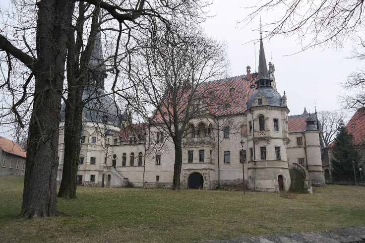 Ein Abstecher ins Neorenaissance-Schloss Schönfeld bei #Radeburg #Schloss #Castle #Saxony
