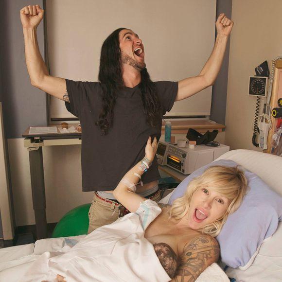 Sarah Blackwood et Gianni Luminati de Walk Off The Earth sont à nouveau parents | HollywoodPQ.com