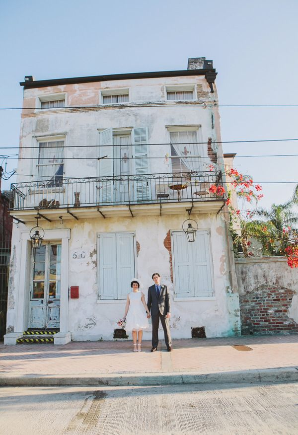 4 Perfect Venues for Intimate Weddings in New Orleans on Borrowed & Blue.  Photo Credit: Elizabeth Ray Photography