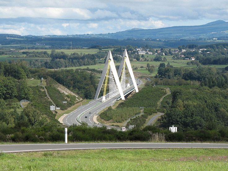 Viaduc-du-chavanon - Limousin — Wikipédia