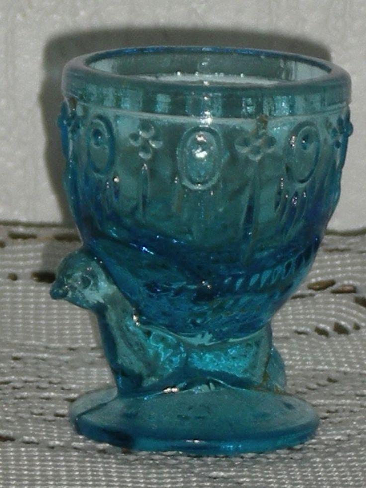 coquetier en verre en forme de poule portieux e c glass and opaline egg cups pinterest. Black Bedroom Furniture Sets. Home Design Ideas