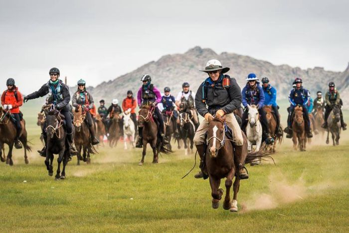 Mongol Derby riders set off