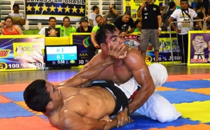 The Luta Livre, is a Brazilian style of catch wrestling. The Luta Livre arrived in Brazil in the early 20th century with European emigrants. By the start of 1930 the Luta Livre had become one of the main rivals of Gracie Jiu Jitsu, with Carlos Gracie and Manuel Rufino being one of the most discussed feuds during those times.