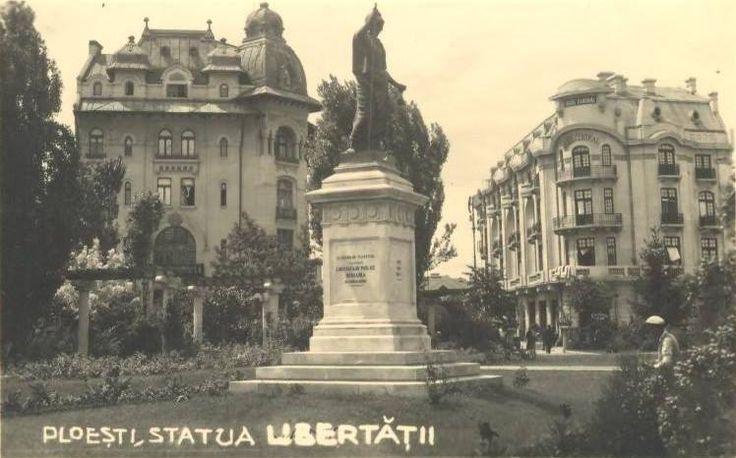 Banca Creditul Prahovei, Statuia Libertății și Hotelul Central la finele anilor '30