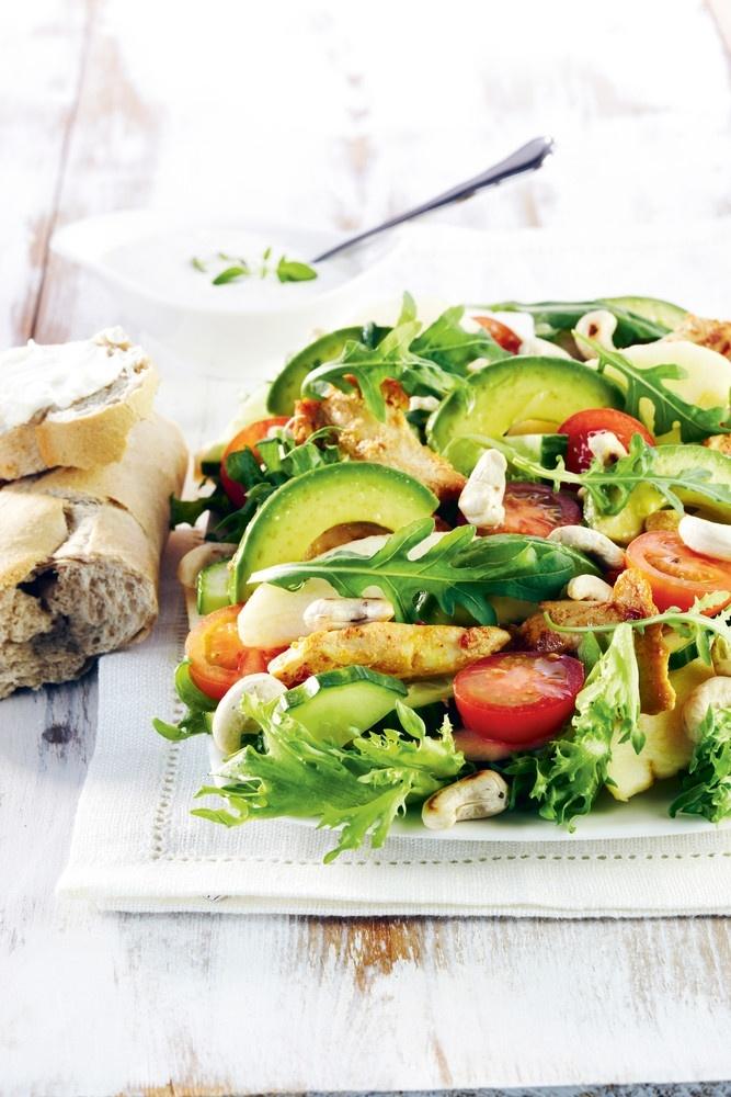 Broileri-avokadosalaatti | Kodin juhlat | Pirkka #food #salads #recipes #reseptit