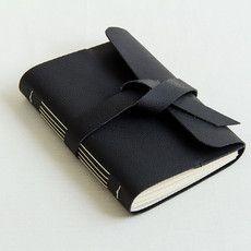 Caderno com capa de couro flexível (vegan)