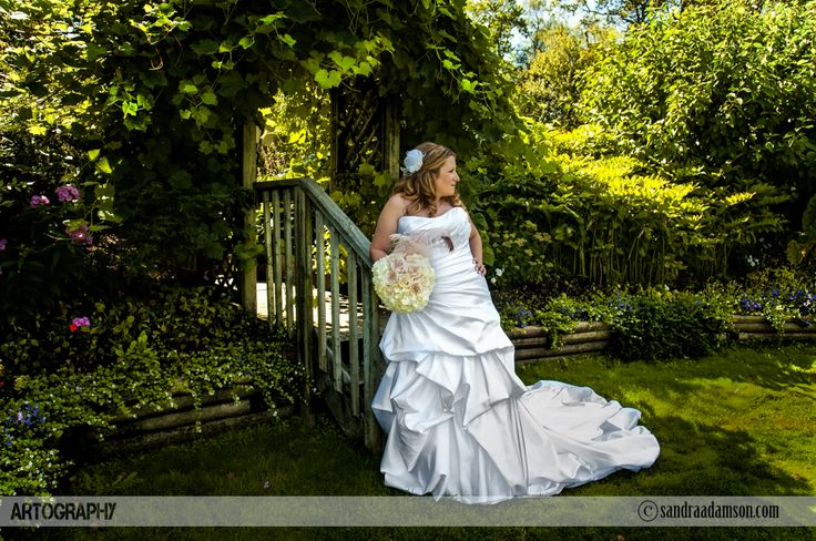Are you looking for a creative and artistic wedding photographer? Servicing Halifax NS and the surrounding Maritime provinces. Available for international travel. Visit my website at www.sandraadamson.com  #wedding #photographer #photography #halifax #ns #novascotia #sandraadamson #photo #image #bride #trellis #trees #ashburn #golfcourse