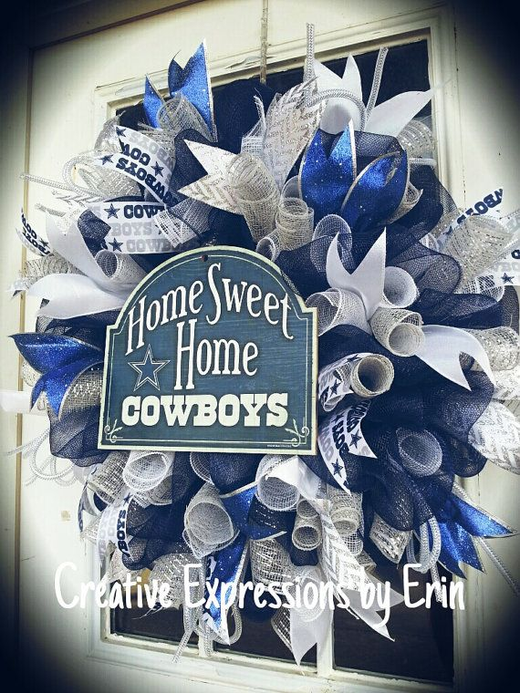 Check out this item in my Etsy shop https://www.etsy.com/listing/216424395/deluxe-dallas-cowboys-wreath