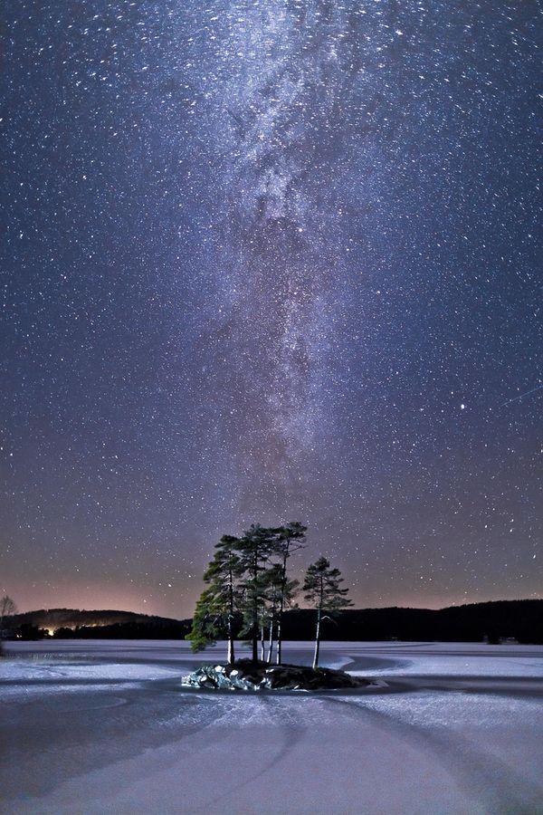 'December night' by Tore Heggelund