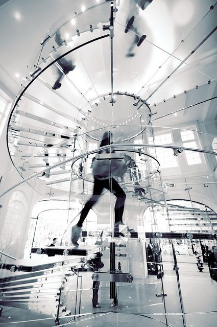 First Apple store opened in the Netherlands on 3rd March 2012. It has an amazing spiral staircase, a trademark like those in all other Apple stores.
