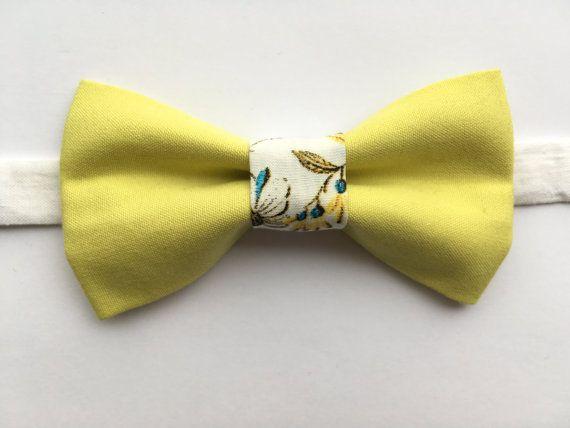 Textile bow tie Botanical bow tie Unisex bow tie by terezavarga