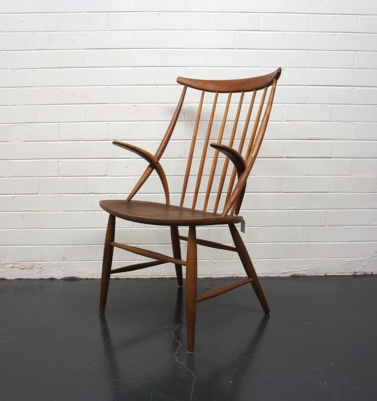 Vintage Illum Wikkelsø chair in Oak, Manufactured by N. Eilersen, Denmark, 1958.