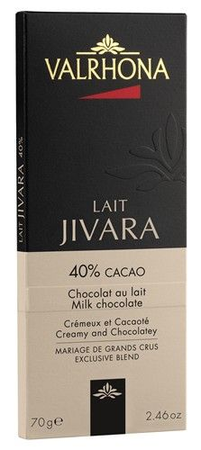 Valrhona Lait Jivara 40% Cacao... Σοκολάτα γάλακτος με 40% κακάο. Εντονο άρωμα κακάο. Πολύ νόστιμη, όχι πολύ γλυκιά που αφήνει την γεύση του κακάο να αναδειχθεί. Η αναλογία γάλακτος και ζάχαρης δεν καλύπτουν το κακάο. Το άρωμα και η γέυση του κακάο την ξεχωρίζει από τις υπόλοιπες γάλακτος. Από τις καλύτερες του είδους!
