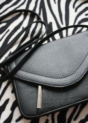 Kup mój przedmiot na #vintedpl http://www.vinted.pl/damskie-torby/torby-na-ramie/15917121-dorothy-perkins-jak-nowa-piekna-czarna-torebka-dlugi-pasek