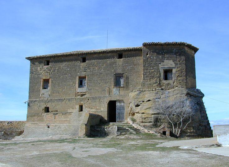 palacio fortificado de corvinos - entre monflorite y albero bajo - huesca - españa
