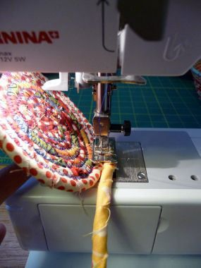 Piece a Split Link Quilt! Print Your Own Fabric Labels! Make a Scrappy Coil…